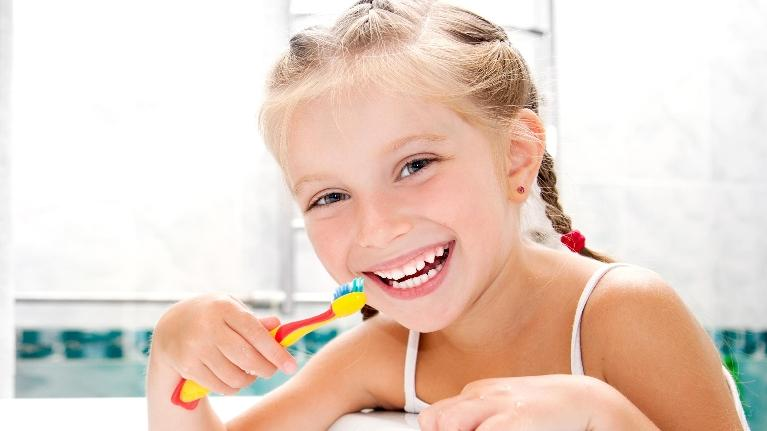 child brushing teeth | family dentist gretna la